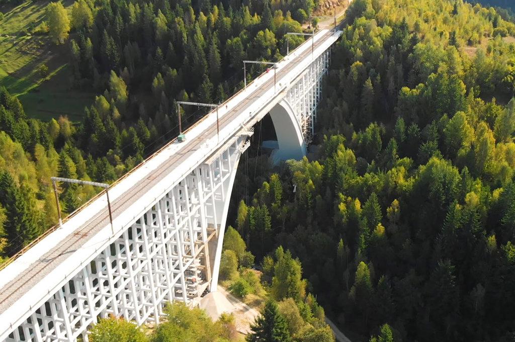 Filmare aeriana cu drona Viaduct Caracau - Romania